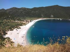 No time to waste at Fokianos Bay – Food and Travel White Pebbles, Greece Travel, Sea Creatures, Snorkeling, Sea Shells, Traveling, Europe, Beach, Water