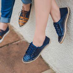 Adoro tenis bordados alem de fofos tambem dao um toque final ao look. #valentinaflats #shoes #fashion #loveit #loveshoes #shoeslover #flat #love #inverno2016
