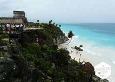 De Maya's leefden hier van 1200 tot 1521 van de zeehandel, bestudeerden de sterrenhemel en vereerden de god Venus. Verder kan ik me zo voorstellen dat ze genoten van hun #uitzicht over het witte #strand met #palmbomen en de kilometers lange blauwe zee. Niet voor niets is dit een van de Maya-steden die het langst bewoond is gebleven. #Tulum #Ruins #Mayas