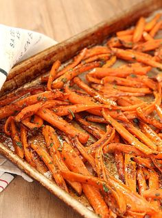 Roasted Carrots with Honey and Fresh Herbs from Creative Culinary. Find this recipe and others at www.creative-culinary.com.