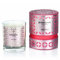 A sultry floral heart of freesia and jasmine wrapped in uplifting, fresh, green notes. An exotic musky base makes this fragrance irresistible. Top notes: , , Heart notes: , , , Base notes: A hand-crafted collection of candles designed to add a touch of catwalk glamour to your living spaces. The intricately designed labels allow …