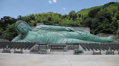 The world largest lying bronze Buddha statue. 「Nanzo-in Temple」