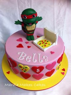 'I Heart Pizza' Girl Cute Teenage Mutant Ninja Turtle Cake www.facebook.com/MardieMakesCakes