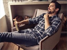 7 For All Mankind celebrates the universal appeal of denim with its spring-summer 2018 campaign. The fashion brand spotlights artists and models for its new… Billy Kidd, Fashion Brand, Mens Fashion, Trendy Fashion, Jon Boy, Z Cam, Todd Snyder, The Fashionisto, Artists And Models