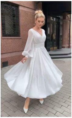 Elegant White Dress, Classy Dress, Elegant Dresses, Pretty Dresses, Beautiful Dresses, Chic Dress, Civil Wedding Dresses, Dream Wedding Dresses, Simple Dresses