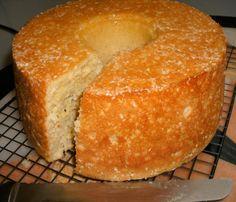 Italian Cheese Bread Ring... everyone loves it!
