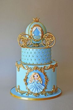 ArchiCAKEture Best Picture For Decoration salle de bain For Your Taste You are looking for something Carriage Cake, Prince Cake, Carousel Cake, Quinceanera Cakes, Cinderella Birthday, Barbie Cake, Disney Cakes, Birthday Cake Girls, Gorgeous Cakes
