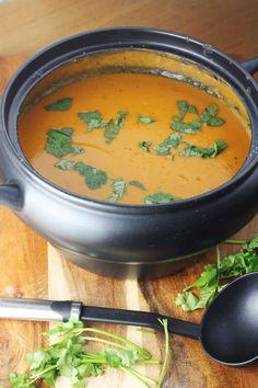 Crock pot Thai pumpkin & red lentil soup - plus 5 favourite crock pot tips!