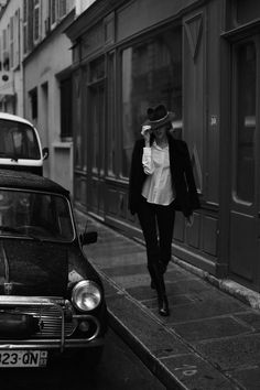 Much respect to any woman who can pull off a hat. justinchungphotography: Sofia. Photographed in Le Marais, Paris.
