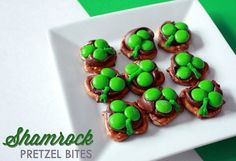 Shamrock Pretzel Bites - cute snack idea to have for the St. Patrick's Day Parade!
