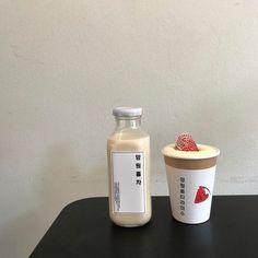 pinterest // @reflxctor strawberry cake and ice coffee #coffee #strawberry #desert #cake