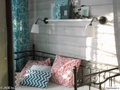 rautasohva terassilla - Google-haku Bench, Storage, Google, Furniture, Home Decor, Purse Storage, Decoration Home, Room Decor, Larger