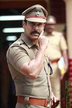 Saamy Square saamy 2 Vikram police aaru saami Saamy Square aka Saamy 2 Movie Exclusive HD Stills Bollywood Actress Bikini Photos, Bollywood Actors, Actor Picture, Actor Photo, 2 Movie, Movie Photo, Allu Arjun Hairstyle, Indian Police Service, Marriage Images