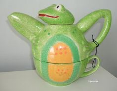 Price & Kensington frog teapot (not marked but has a tag label)