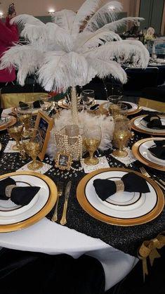 25 Kreative Design Ideen für Gala Dinner - Lo Que Necesitas Saber Para La Fiesta Great Gatsby Motto, Great Gatsby Theme, Gatsby Themed Party, Great Gatsby Wedding, 1920s Wedding, Trendy Wedding, Wedding Ideas, 1920 Theme Party, Wedding Themes