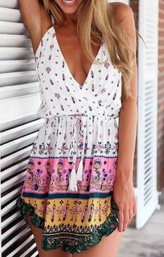 boho chic http://www.rosegal.com/club-dresses/sexy-plunging-neck-floral-printed-165728.html?lkid=12254