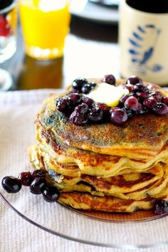 Blueberry buckwheat pancakes - the curvy carrot. For Ben Real Food Recipes, Great Recipes, Cooking Recipes, Yummy Food, Tasty, Favorite Recipes, Healthy Recipes, Buckwheat Pancakes, Blueberry Pancakes