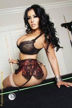 Ciara Busty mia