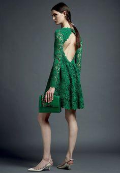 L'abito verde smeraldo dei miei sogni... Peccato che sia di Valentino! :D