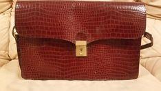 Stunning Vintage 1960's Rich Tan Crocodile Skin Clutch Bag  Check out what I found. Stunning Vintage 1960's Rich Tan Crocodile Skin Clutch Bag http://www.ebay.co.uk/itm/-/263399312799?roken=cUgayN via @eBay_UK