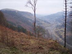 Ebbw Vale, Blaenau Gwent by Ralph Rawlinson, via Geograph