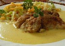 Kuřecí maso v celerové omáčce Thai Red Curry, Spaghetti, Beef, Chicken, Ethnic Recipes, Meat, Noodle, Steak, Cubs