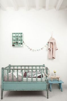 Cool Rustic Looking Baby Bed | 10 Brilliant Baby Beds - Tinyme Blog
