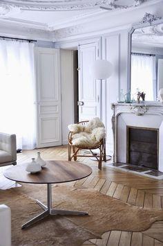 K R i S P I N T E R I O R : Weekend Inspiration: Minimal Paris