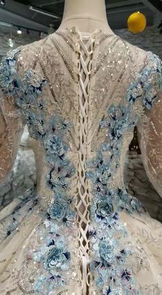 Ombre Wedding Dress, Blue Wedding Gowns, Big Dresses, Formal Dresses For Women, Fabulous Dresses, Beautiful Gowns, Fancy Gowns, Fantasy Dress, Custom Dresses