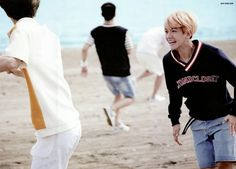 #Exo Dear Happiness Photobook #Baekhyun