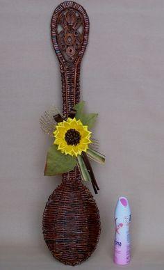 Tejiendo Periódicos. Cuchara decorativo estafa girasol en la kanzashi arte (20) (425x700, 188Kb)