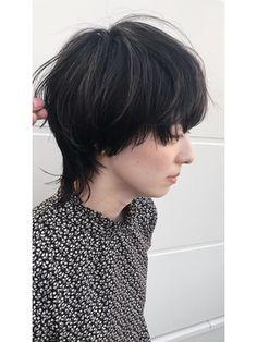 小顔 マッシュウルフ/anz Material Beauty by antiqaをご紹介。2020年冬の最新ヘアスタイルを300万点以上掲載!ミディアム、ショート、ボブなど豊富な条件でヘアスタイル・髪型・アレンジをチェック。 Sad Faces, Hair Inspo, The Magicians, My Hair, Salons, Short Hair Styles, Hair Cuts, Hairstyle, Hair