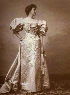 Amelia, queen of Portugal. 1900