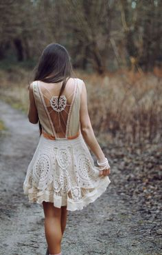 Gorgeous lace dress!