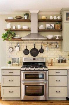 best farmhouse kitchen sink design ideas and decor page 15 Cocina Shabby Chic, Shabby Chic Kitchen, Country Kitchen, New Kitchen, Kitchen Ideas, Kitchen Nook, Kitchen Shelves, Kitchen Layout, Kitchen Storage
