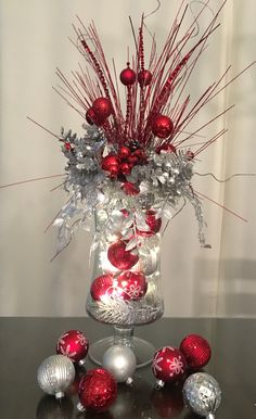 designed by tina table centerpiece for christmas - Pinterest Christmas Table Decorations