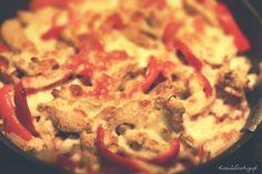Fajita – najlepszy przepis. Jamiego Oliviera pewnie wszyscy znacie. Na jego stronie internetowej znaleźliśmy wspaniały przepis na fajitę z kurczakiem i papryką.