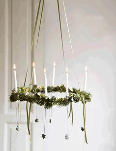 Skal julen være hjemmelavet? Så se lige den fine spinkle hængekrans. Du kan lave den med lige netop det antal lys, du synes. Du kan f.eks. lave en decemberkrans med 24 lys i eller bruge den som adventskrans.