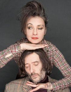 Les Rita Mitsouko : 11 photos pour revivre la folie du groupe - Elle Beautiful Men, Beautiful People, Photo Couple, Jolie Photo, Music Film, Portraits, France, Martial, Punk