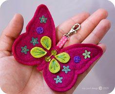 Handmade felt butterfly with flower spangles. _________________________________ - - - - - - - - - - - - - - - - - - - - - - - - - - - - - DO NOT STEAL o. Felt Crafts Diy, Bug Crafts, Felt Diy, Handmade Felt, Sewing Crafts, Arts And Crafts, Butterfly Crafts, Flower Crafts, Felt Keyring