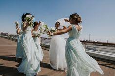 Hochzeitsfotos // Hamburg // Persische Hochzeit // Persian Wedding // Weddings // Bride // Bridesmaids // Braut // Brautjungfern // Hafen // Hochzeitsfotograf // Hochzeitsfotografie // Fotografin: Anne Hufnagl // Kontakt: www.romanticshoots.de // Wedding Photographer