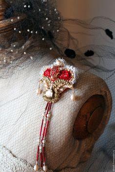 """Купить Брошь-кулон """" Венецианский карнавал"""". - ярко-красный, брошь, роза, цветок, вышивка"""