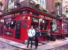 Estudantes Vision - Temple Bar Temple Bar, Times Square, Students, Ireland