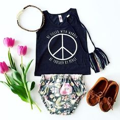 Peace sign baby tank and onesie - hippie baby // Little Beans Clothing. Hipster baby, baby girl clothes, baby floral crown