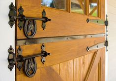 Would be a great way to dress up the barn Dream Stables, Dream Barn, Horse Stables, Horse Farms, Barn Door Latch, Door Latches, My Horse, Horses, Barn Pool