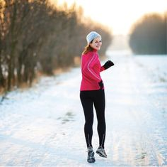 How To Safely Run Through Mud, Snow and Ice - Women's Running