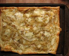 Carmelized onion, cheese, puff pastry tart - gonna try this with goat cheese, yummmm Easy Delicious Dinner Recipes, Yummy Food, Yummy Recipes, Yummy Appetizers, Appetizer Recipes, Carmelized Onions, Nigel Slater, Savory Tart, Sweet Tarts