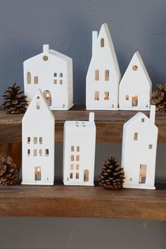A classic at Christmas time: light houses made of unglazed porcelain in various designs. Especially in the group they are particularly good ... - #christmas #classic #houses #light #porcelain #unglazed #various