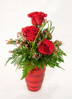 valentine's+day+floral+arrangements | Triple Red Rose Vase