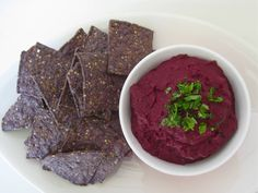 Vegan Ginger Beet Puree - Looking for delicious beet puree recipes? This yummy vegan beetroot dip is quick, easy and full of incredible flavour. YUMMO!